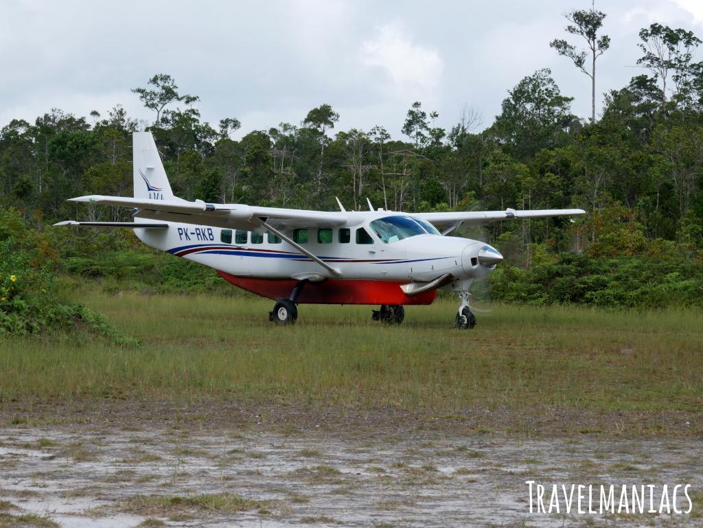 Flugzeug Yaniruma www.travelmaniacs.de