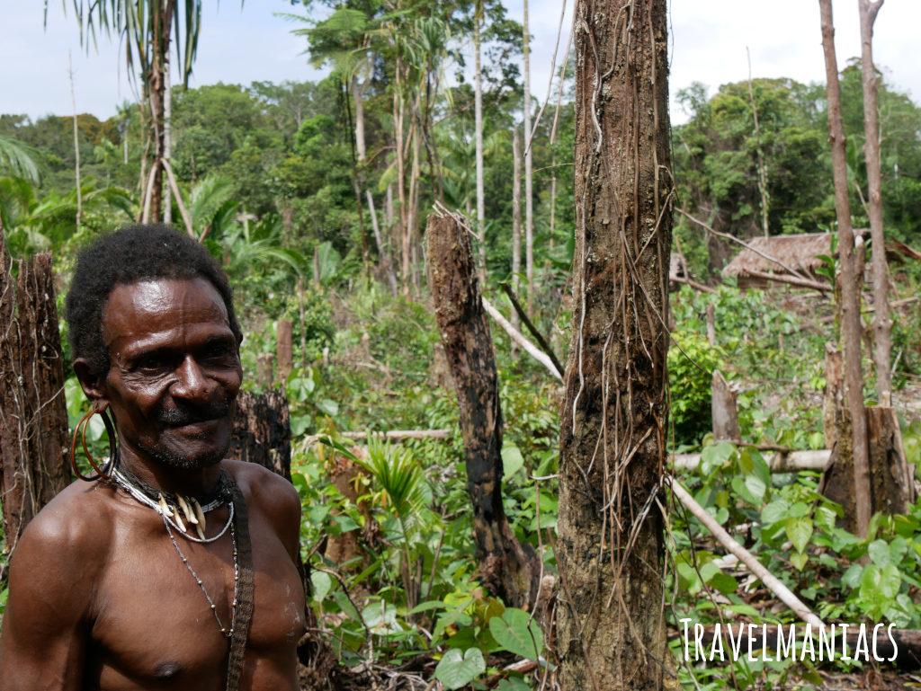 Korowai Papua www.travelmaniacs.de