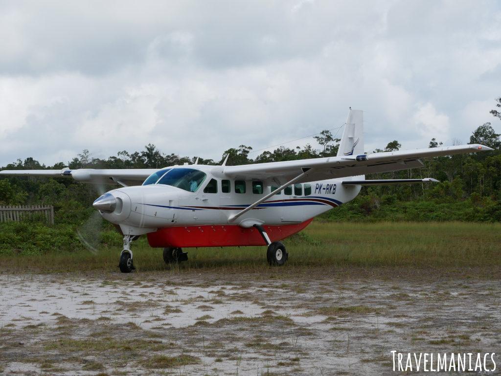 Flugzeug Yaniruma