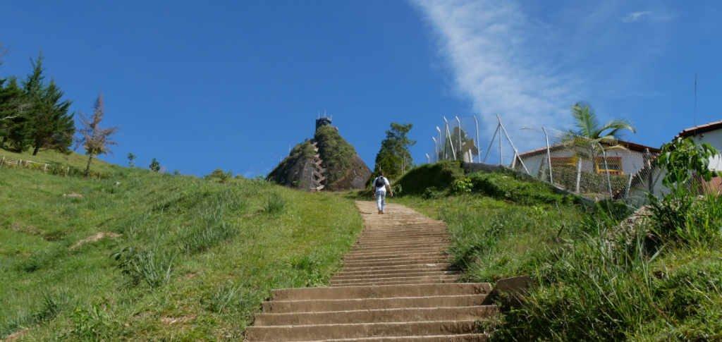 Aufstieg zum El Penol in Guatape