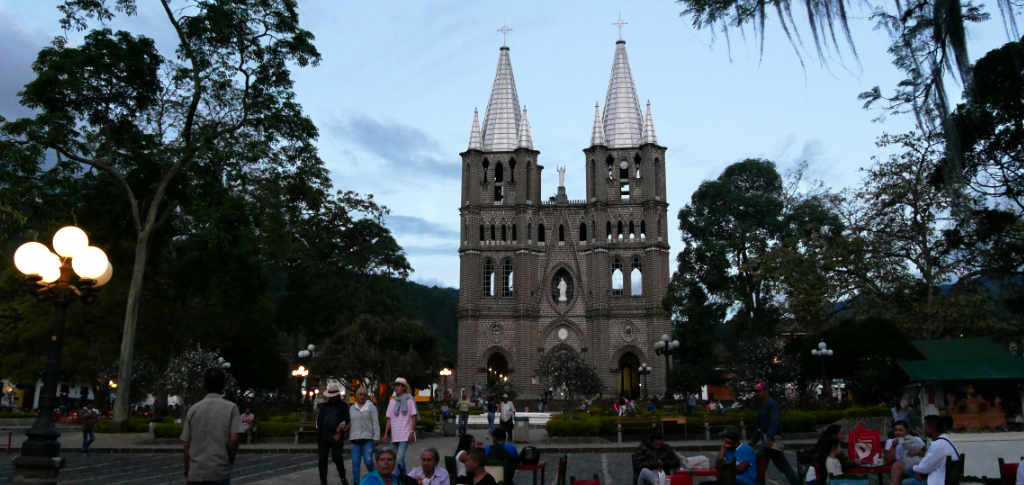 Jardín Kolumbien Kirche