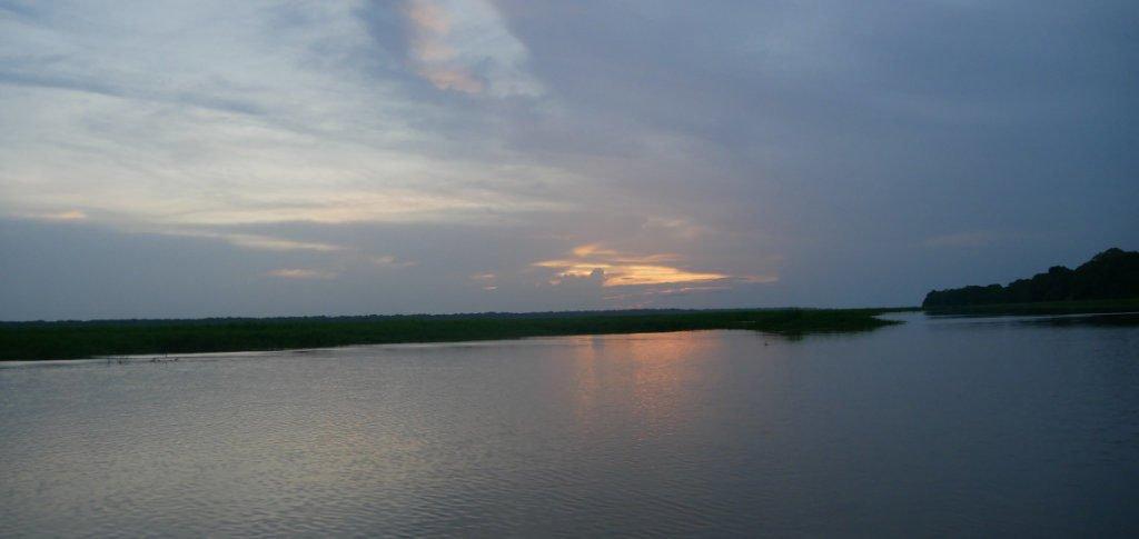 Sonnenuntergang Matamata Fluss