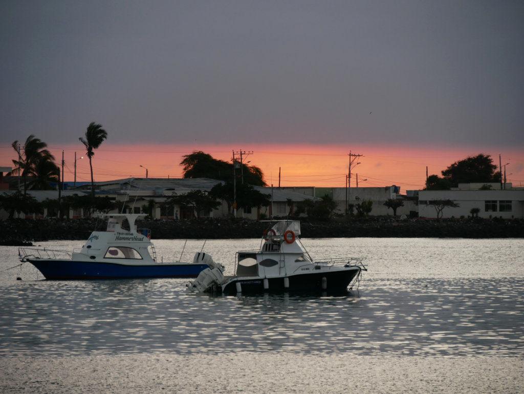Puerto Baquerizo Moreno Sonnenuntergang